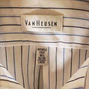 Van Heusen Men's Button Down Shirt